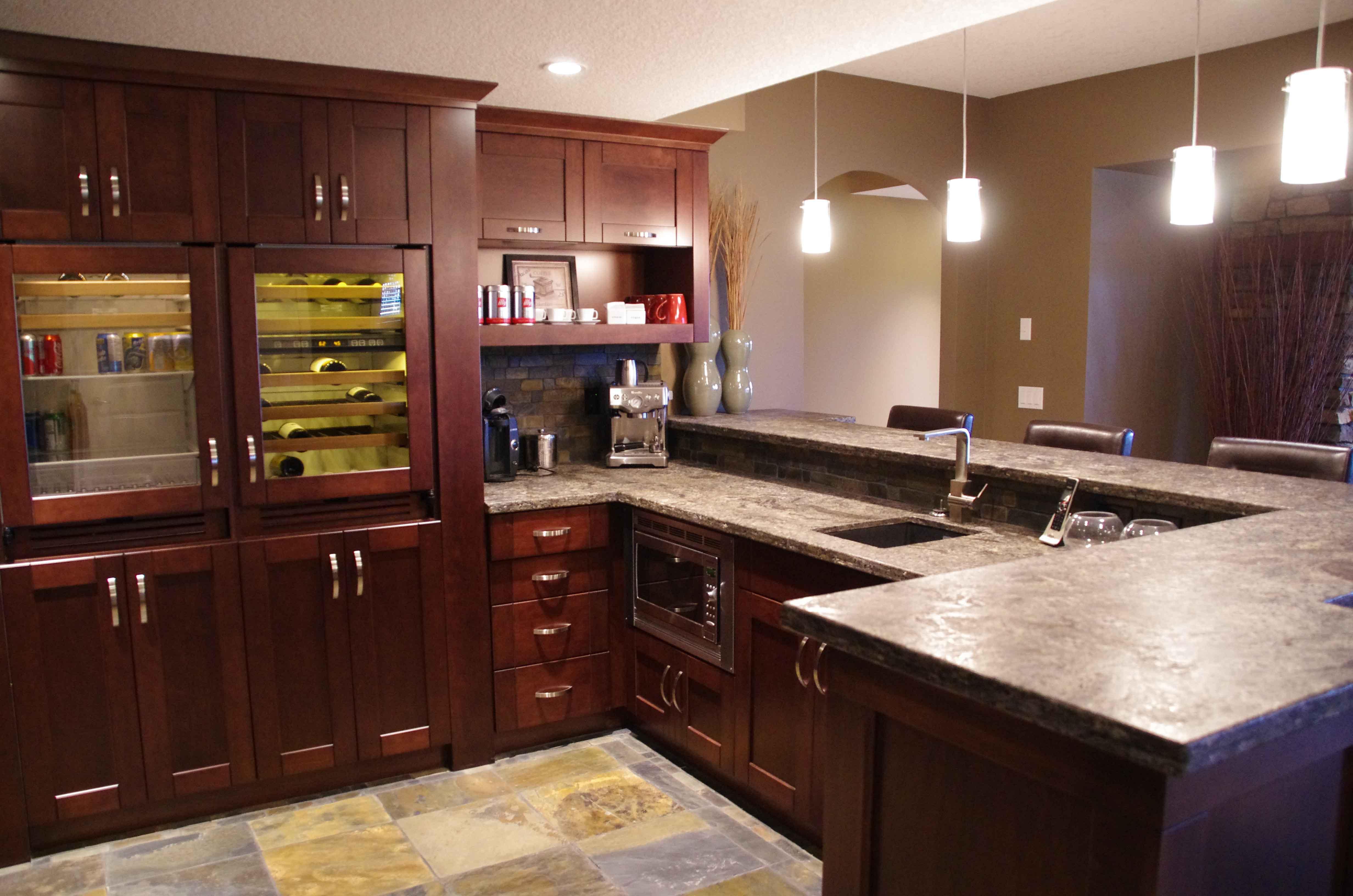 Kitchen & Bar Area - Basement Development